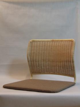 パイプ座椅子(角)